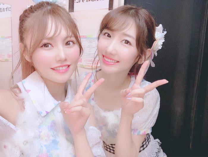 AKB48・込山榛香、柏木由紀の生誕祭で緊張のMC!「これからも勝手にお姉ちゃんの様に慕ってます」