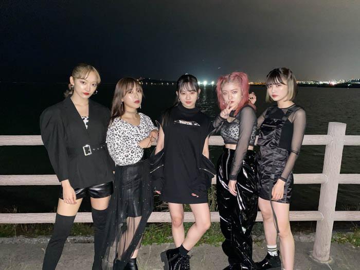 フェアリーズ、沖縄開催の「ドゥシフェス2019」に出演!「新衣装かっこいい!!」「最高にガールクラッシュです」