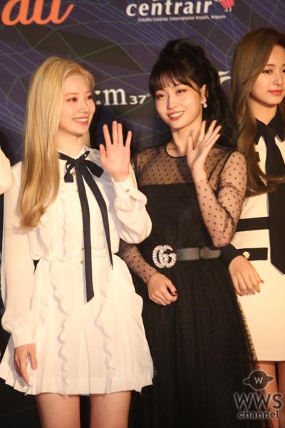 TWICEが2019 MAMA(Mnet Asian Music Awards)レッドカーペットに登場!