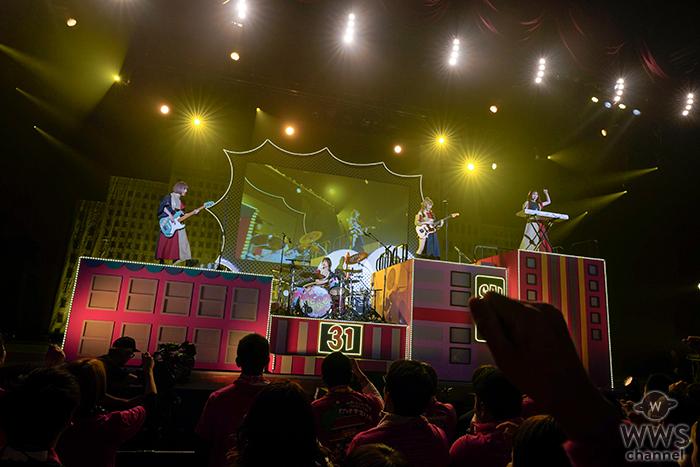 SILENT SIREN、年末スペシャルライブ開催!来年春にニューアルバムリリース&ライブツアーを発表!メンバー主演で話題のドラマの映画化も決定!!