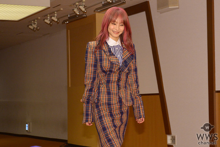 LiSAがNHK紅白の会見にレッドカーペットから登場!<第70回NHK紅白歌合戦>