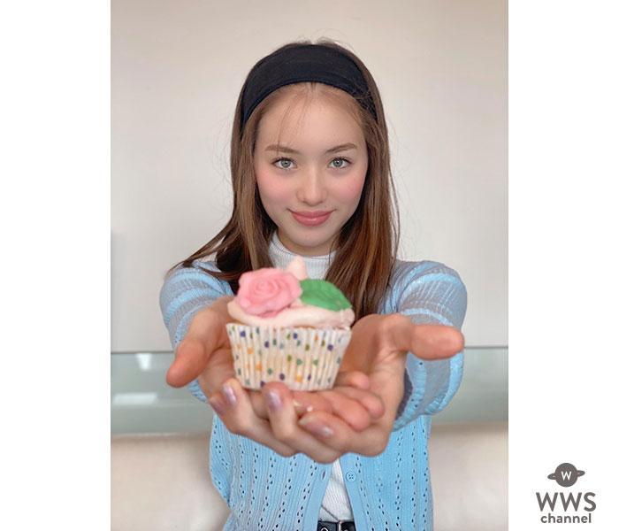 """""""奇跡の13歳"""" サクラ・キルシュ、可愛すぎる手作りカップケーキ写真に大反響!"""