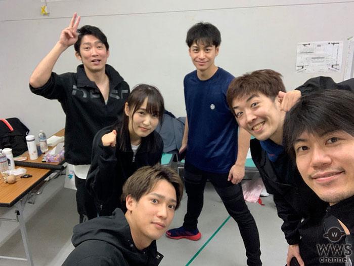 ノンスタイル石田がブログに欅坂46・菅井友香主演舞台『飛龍伝2020』の集合写真をアップ!