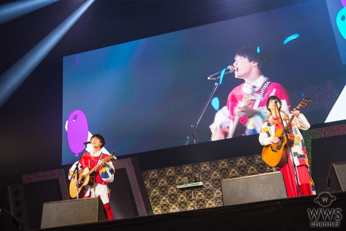 【ライブレポート】ステージ史上最年少?人気ギターデュオ・さくらしめじが東京オートサロン2020のステージでフレッシュなライブを展開