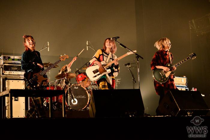 【ライブレポート】SCANDALが可愛くもクールにステージで見せつける!<COUNTDOWN JAPAN 19/20>