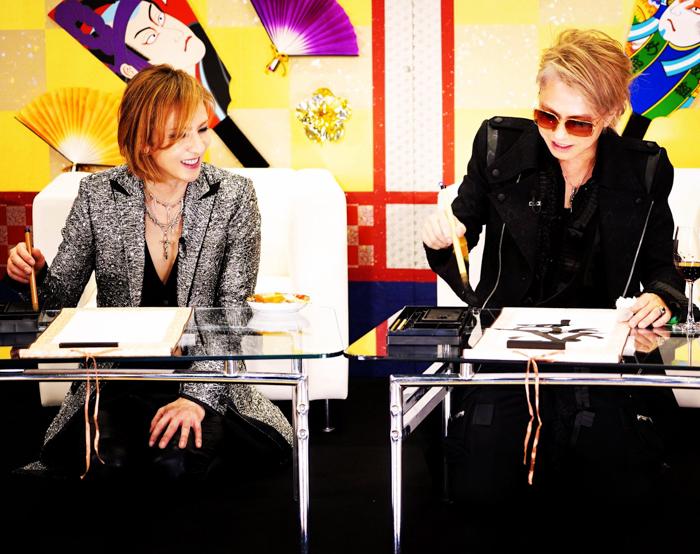 HYDE、YOSHIKIからの誕生日メッセージに返信!「ご飯連れてって下さい」