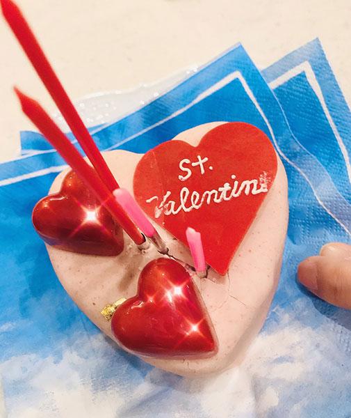 Toshl、バレンタインデーにハート型のチョコレート写真を公開!「美味しそう! 」「ハートいただきました」