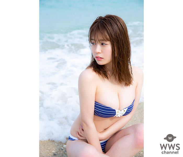 井口綾子が『スピリッツ』の表紙に初登場!沖縄でキュートなモッツァレラボディを披露