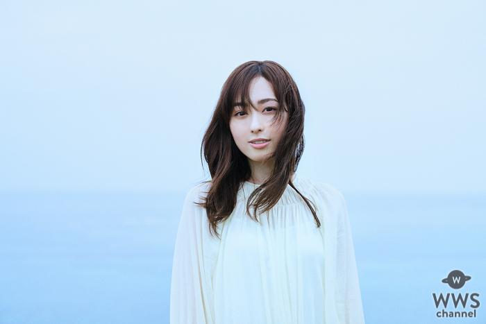 福原遥、『かぐや様は告らせたい?』エンディングテーマ『風に吹かれて』MVが解禁!