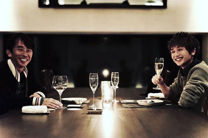 松浦勝人氏、Nissy(西島隆弘)との会食2ショット公開!「飯でも食べて語り合いたいな」
