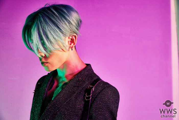 MIYAVI、ギターと光の競演!楽天モバイルCM曲「Bang!」ミュージックビデオ公開!