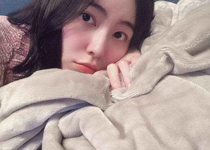 SKE48 松井珠理奈、おやすみ添い寝風ショットを公開「夢で会えるかな?」