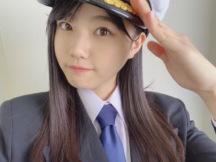 STU48 瀧野由美子、放映中のCMより船長衣装のオフショットを公開!「制服がよく似合ってます」とファンの声