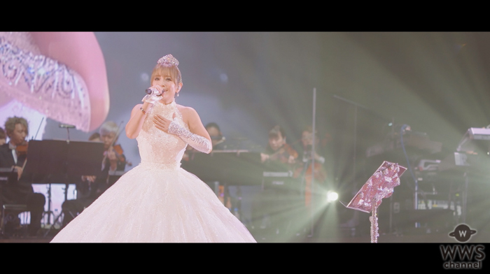 浜崎あゆみ、代表曲「SEASONS」のライヴ映像をイッキ見! YouTubeで一挙配信に