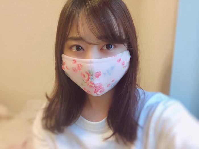 元乃木坂46 伊藤寧々、祖母と叔母が手作りのマスクを紹介「とっても可愛いマスクが届きました」