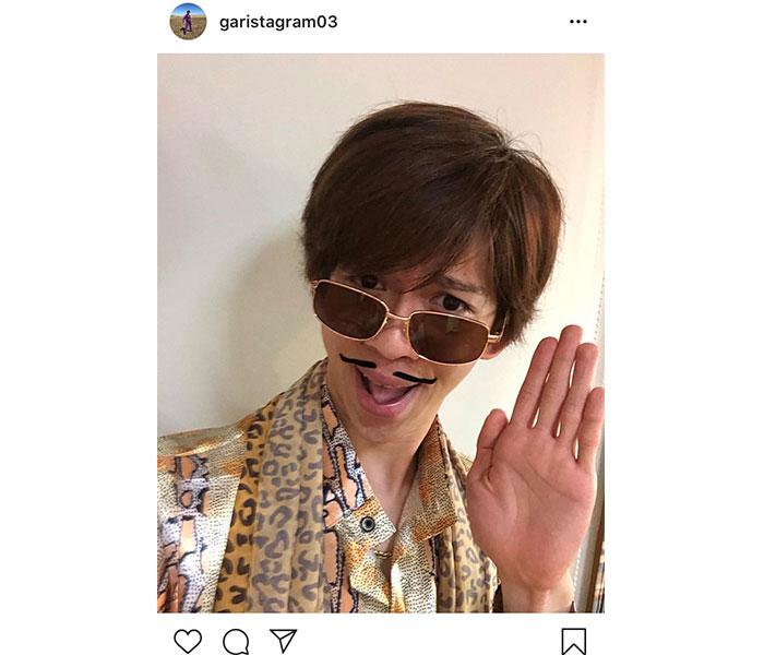 超特急 リョウガ、動画で話題のピコ太郎コスプレショットを公開に「似合いすぎ!」