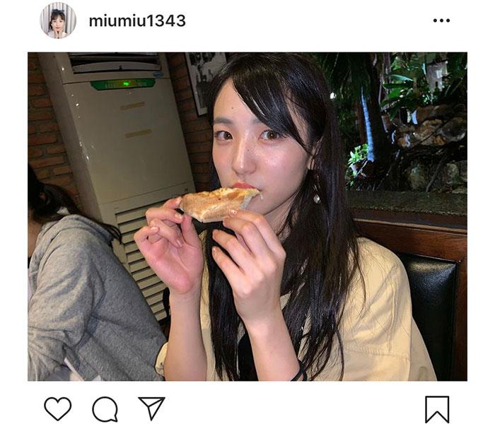 AKB48 下尾みうがお食事ショットを公開!「めっちゃ可愛い」「美味しそう〜」