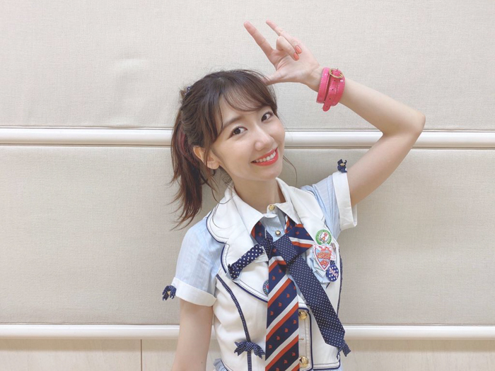 AKB48 柏木由紀、10年越しの『ポニシュシュ』衣装で踊ってみた!「これは「エモ」で合ってますか?」