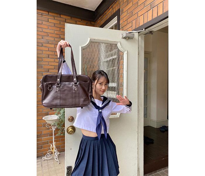 永尾まりや、「週刊SPA!」でセーラー服に!「マジすか学園以来」「最高に似合うよね!」
