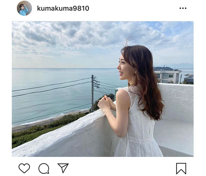 SKE48 熊崎晴香、海風に吹かれた爽快オフショットに反響「まぶしすぎる」「くまちゃん綺麗です」
