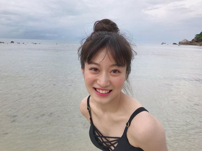 NMB48 川上千尋、お団子ビキニで「海の日」を盛り上げる!「最高の海の日になったわ」