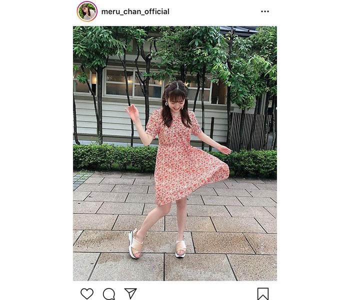 HKT48 田島芽瑠、風に舞う花柄のワンピース姿に「癒やされます」
