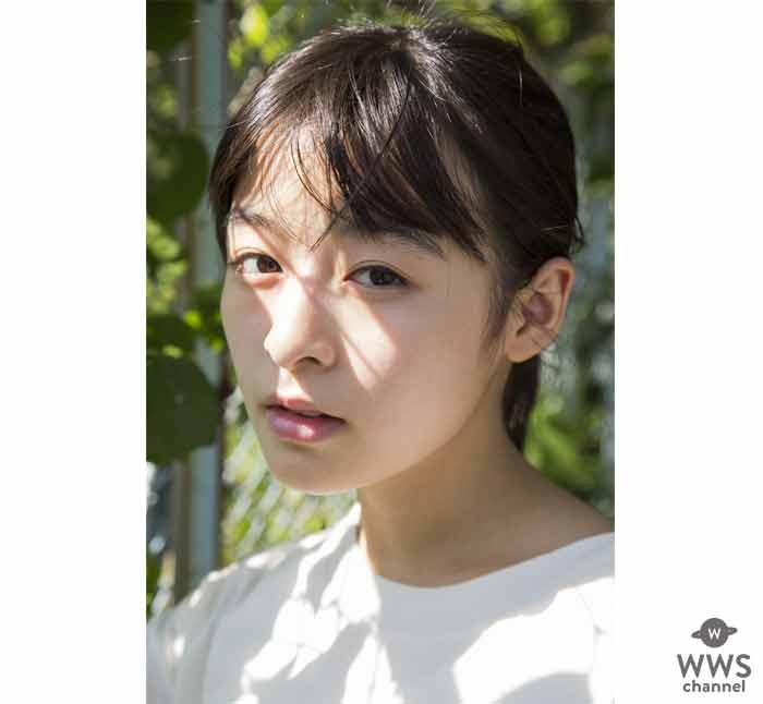 今最も注目されている女優・森七菜、待望のファースト写真集『Peace』発売!