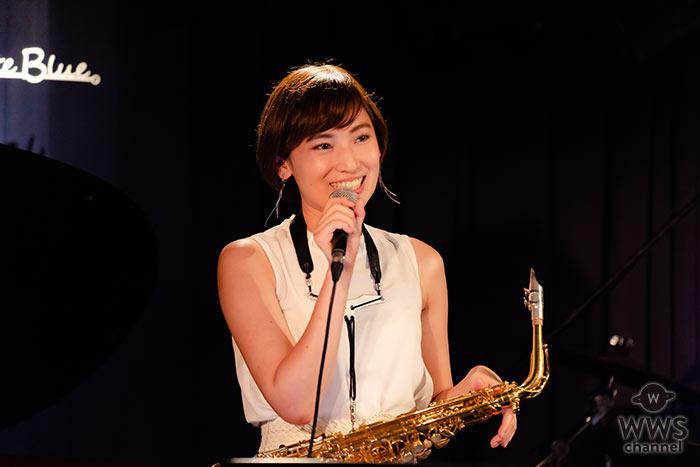 """""""美人サックス奏者""""中村有里が、配信LIVEを実施。ファンからも賞賛の声多数!"""