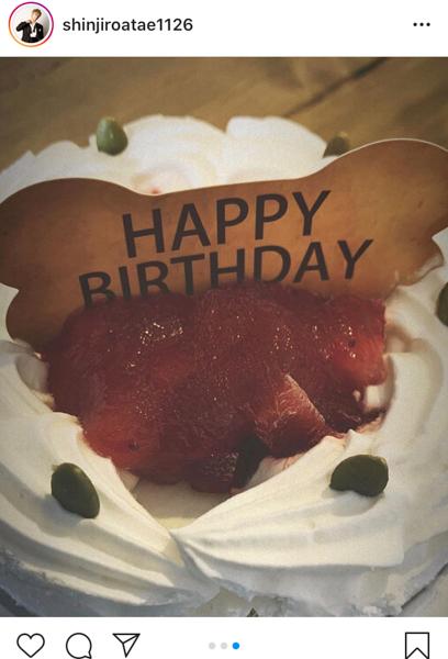AAA 與真司郎、18歳の愛犬の誕生日を祝福「大先輩すぎて、今日から敬語使おう」