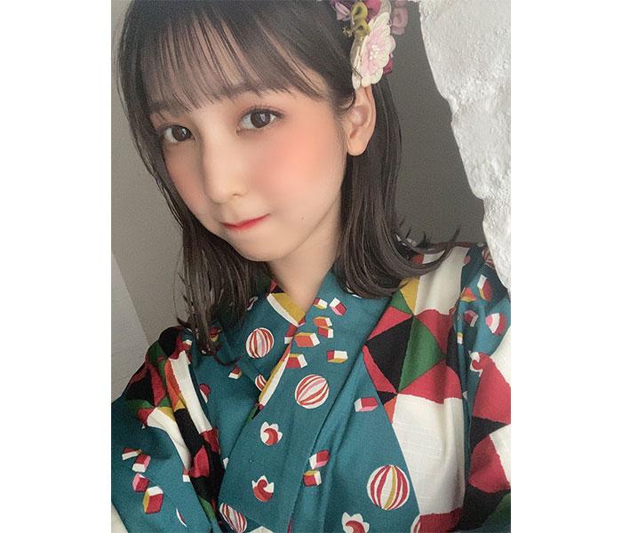 HKT48 松岡菜摘、レトロティックな浴衣オフショット披露「夢で浴衣デートしてください」