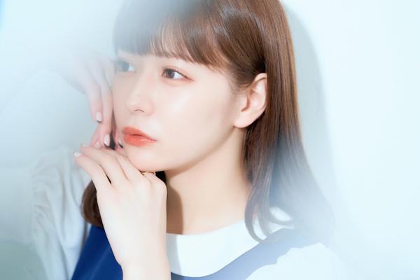 まねきケチャ・深瀬美桜、体温を感じる艶感ポートレート公開「透明感も出てる」「天才的に可愛いな」
