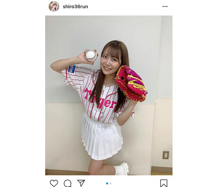 NMB48 白間美瑠、ピンクのストライプユニフォームで阪神VS中日戦の始球式に登場!