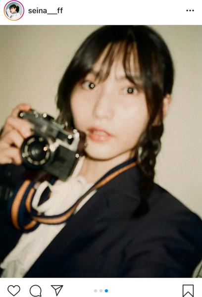 AKB48 福岡聖菜、フィルムが紡ぐ三つ編みの写真部員姿のノスタルジー「レトロでカワイイ」「雰囲気が出ててすごく良い」