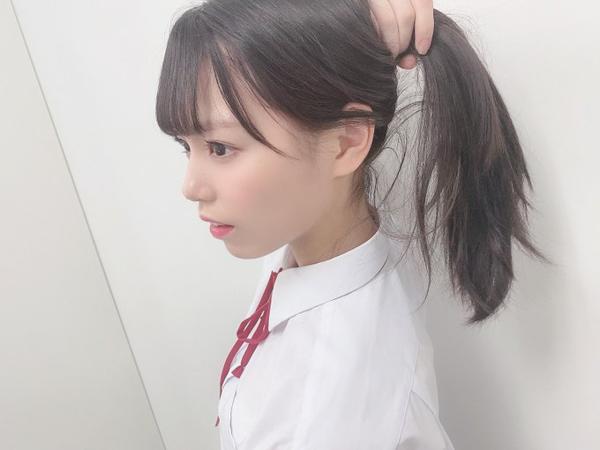 STU48 岩田陽菜、制服姿で髪を結ぶ仕草にファン大反響!「可愛すぎて辛い」「ひなちゃんは最強」