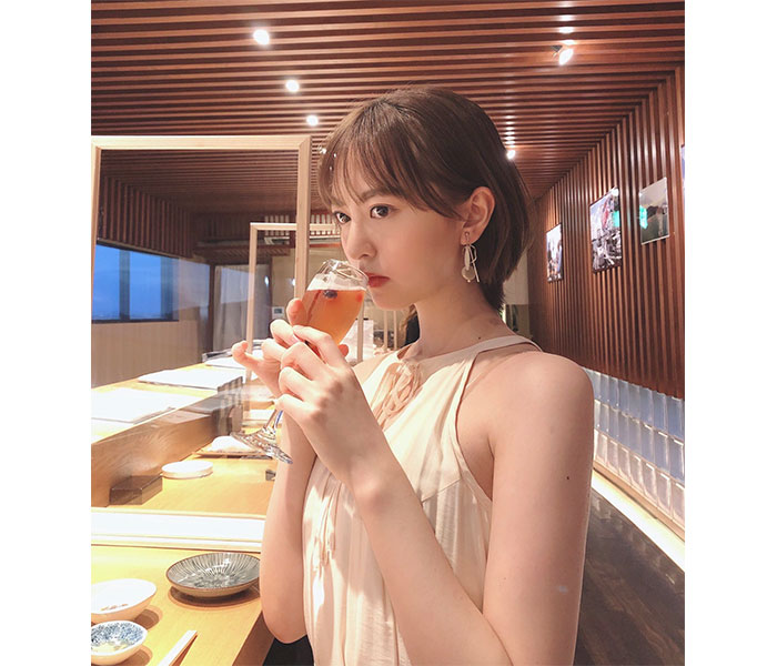 HKT48 森保まどか、エレガントな雰囲気の大人ショット披露!「東京カレンダーの表紙みたい」