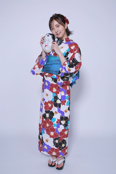 HKT48 森保まどか、大人シックな浴衣姿に漂う優美さ「縁日で会ったらどきってしちゃう」