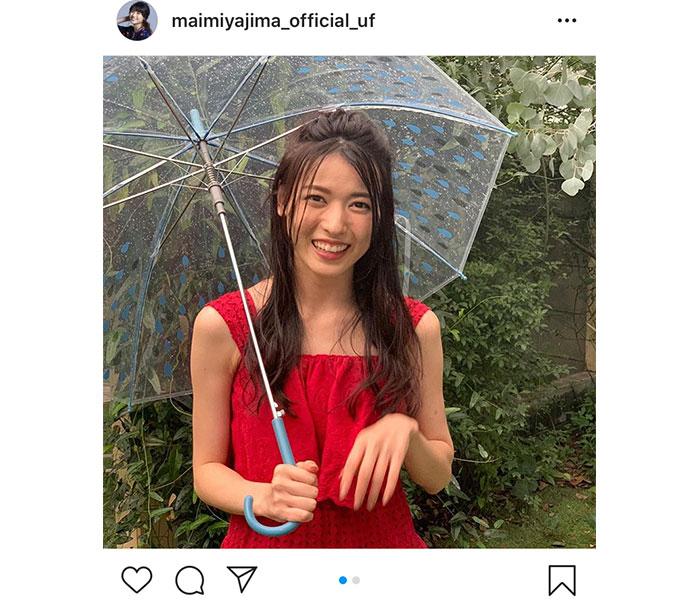 """矢島舞美、カレンダー撮影でも""""雨女""""っぷり健在!「雨の演出はいりません」"""