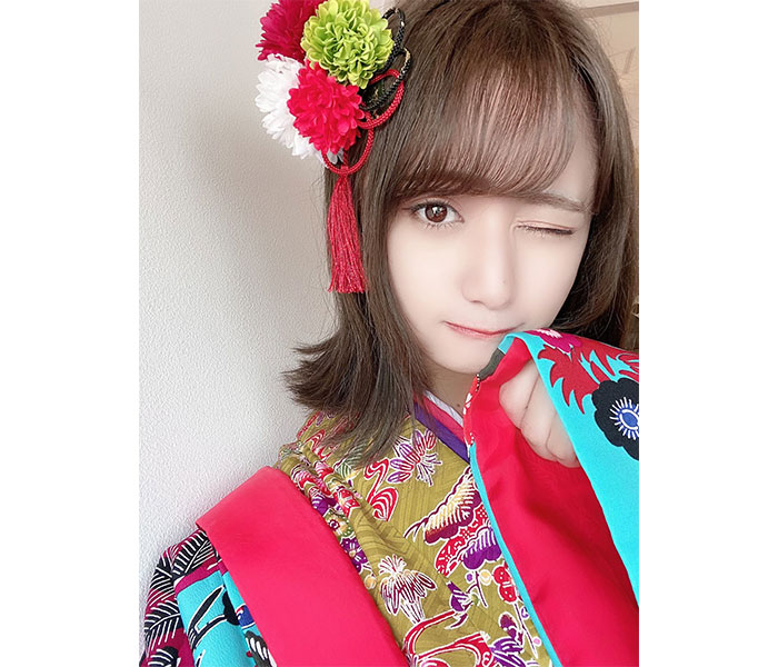 「#ババババンビ」池田メルダ、沖縄で艶やかな琉装衣装に反響続々!「異国のお姫様みたい」
