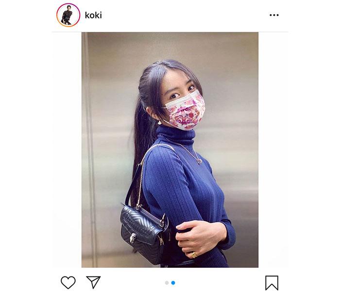 Koki.が花柄の使い捨てマスク姿を披露「可愛くて捨てられない」