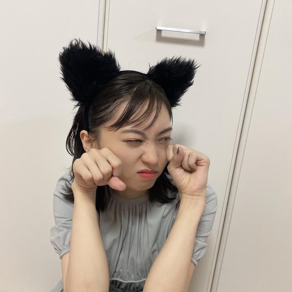 """平松可奈子、木崎ゆりあの厳選""""猫耳ショット""""公開!「敏腕マネですよね?」"""