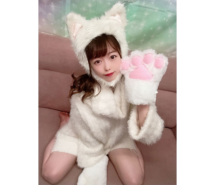 森香穂、「拾ってください」ハロウィンの猫コスプレに反響!「思いっきり可愛い!」「拾いにいきます」