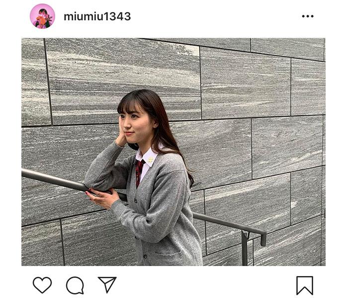 AKB48 下尾みう、制服の撮影オフショット公開!「似合う」「可愛い」とファン歓喜
