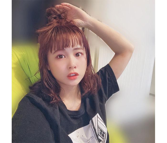 新垣里沙、まっすぐ見つめる美麗ショットを公開 「桜田さんの美しさがしっかり引き出されてるなぁ…」「いい写真」