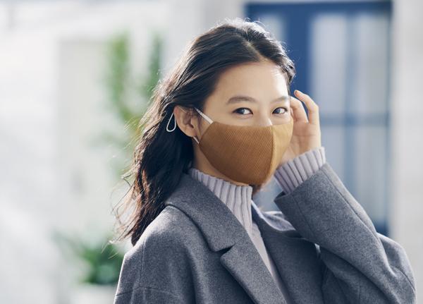 GUからもマスク発売!!「高機能フィルター入りマスク」