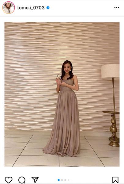 板野友美、「ベストフォーマルウェアアワード」授賞式でドレス姿披露