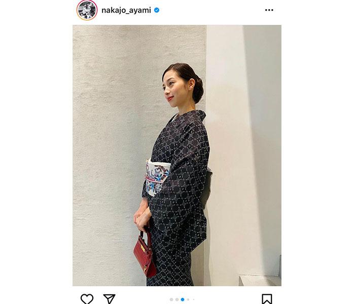 中条あやみ、沖縄・花織の着物オフショットを披露