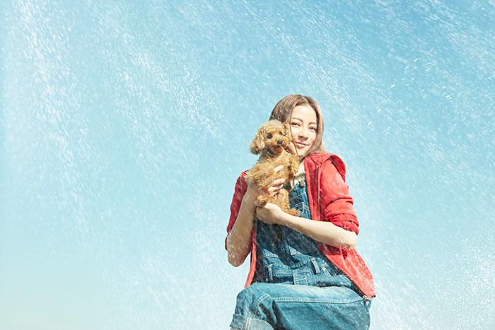 """モデル・女優の香里奈が自身""""初""""となるペット用品D2Cブランド「BESTIES」をプロデュース。 「癒しの時間、幸せな時間をペットと共に過ごして頂ければ」"""