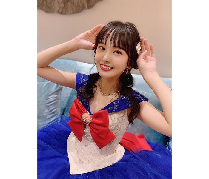 STU48 福田朱里、セーラームーンのウェディングドレス姿を披露「タキシード仮面様どこ〜」