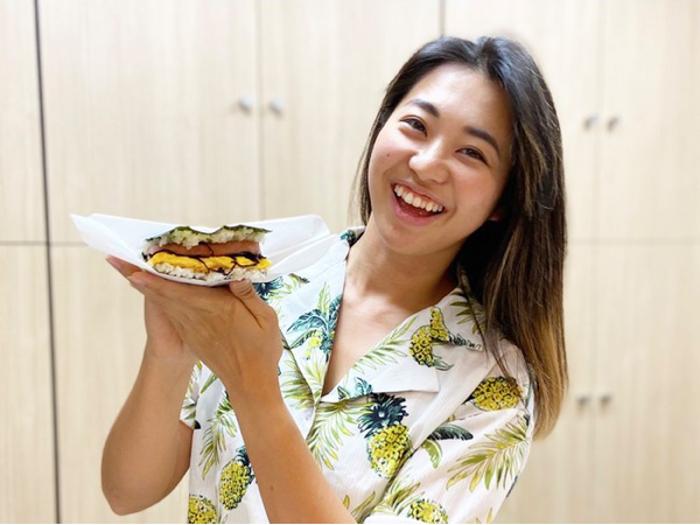 「ミスユニバースジャパン2017」沖縄代表・平良エレアがプロデュースする『ポークたまごおにぎり』専門店が続々出店中