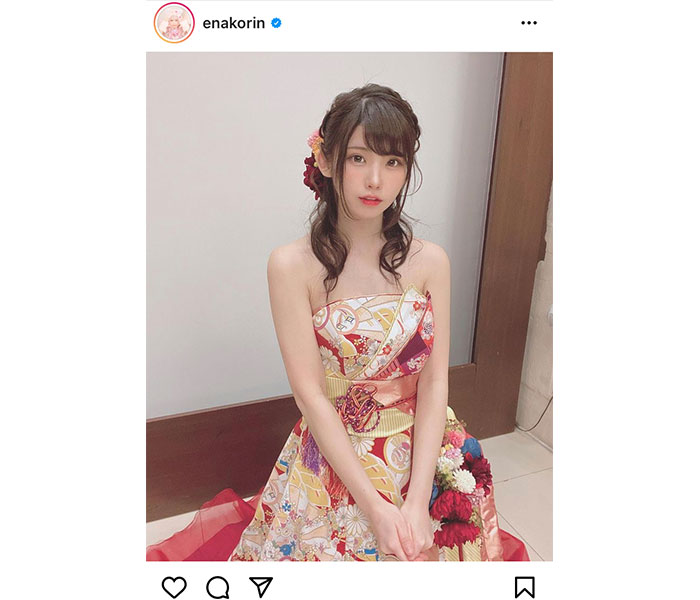 えなこ、ミニアルバム発売記念イベントで和風ドレス姿を披露